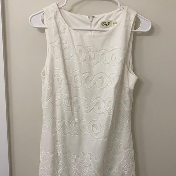 Eliza J White Sleeveless Dress